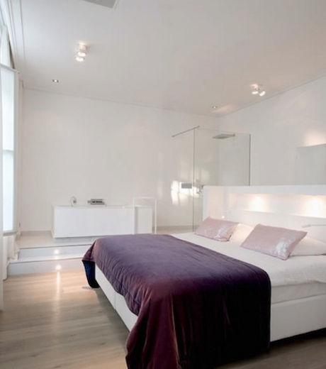 Luxueuses et éclairées, ces chambres de l'hôtel Het Arresthuis  n'ont rien à voir avec les anciennes cellules de prison