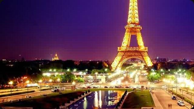 Tour Eiffel - la plus grande ambassadrice de France